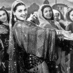 Artemisya Dancewear blog - The charm of Assuit fabrics post - Tahiya Karioka in Assuit tunic