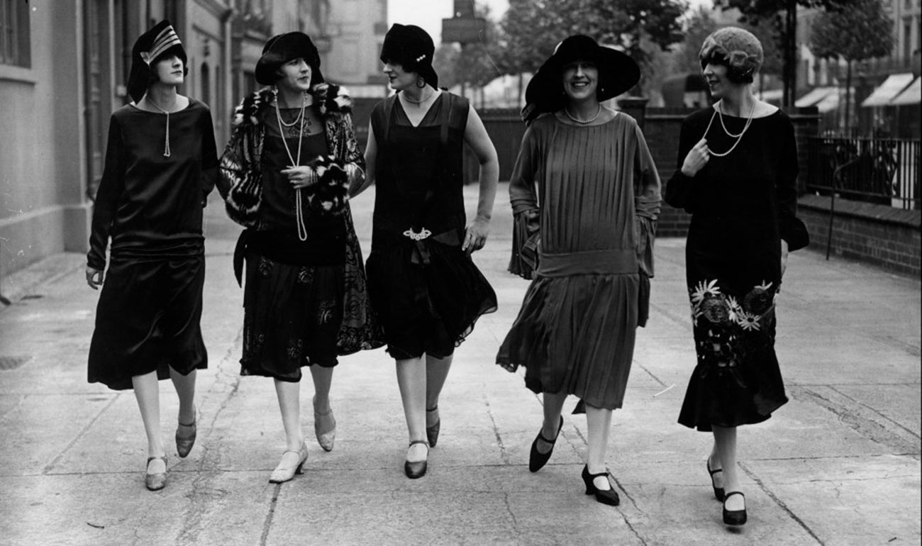 Artemisya Dancewear blog - The Gatsby style post - Flapper girls