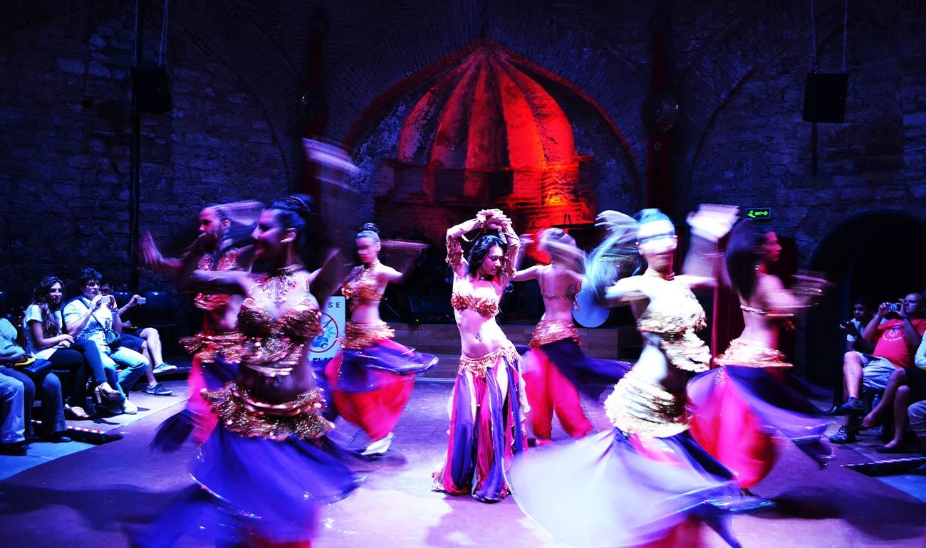 Artemisya Dancewear blog - Turkish Delight post - Turkish belly dancers